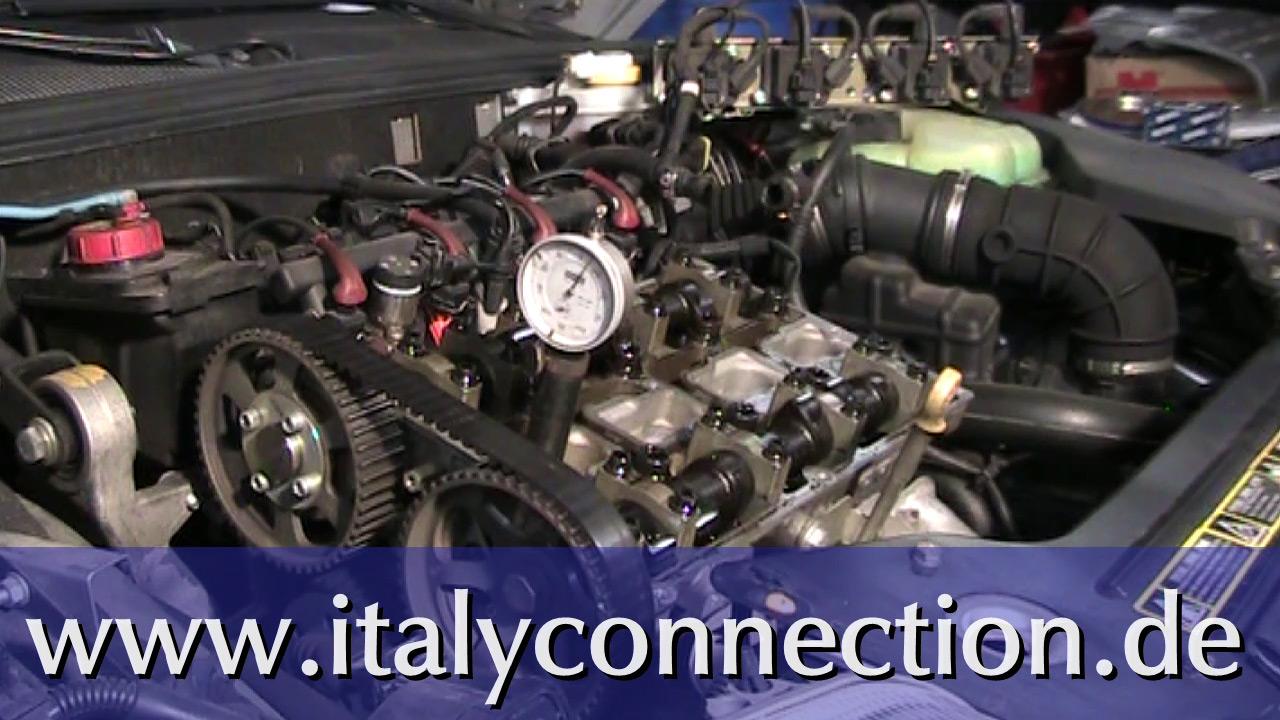 Zahnriemenwechsel: Zahnriemen wechseln beim Alfa Romeo 2,0 Liter Motor
