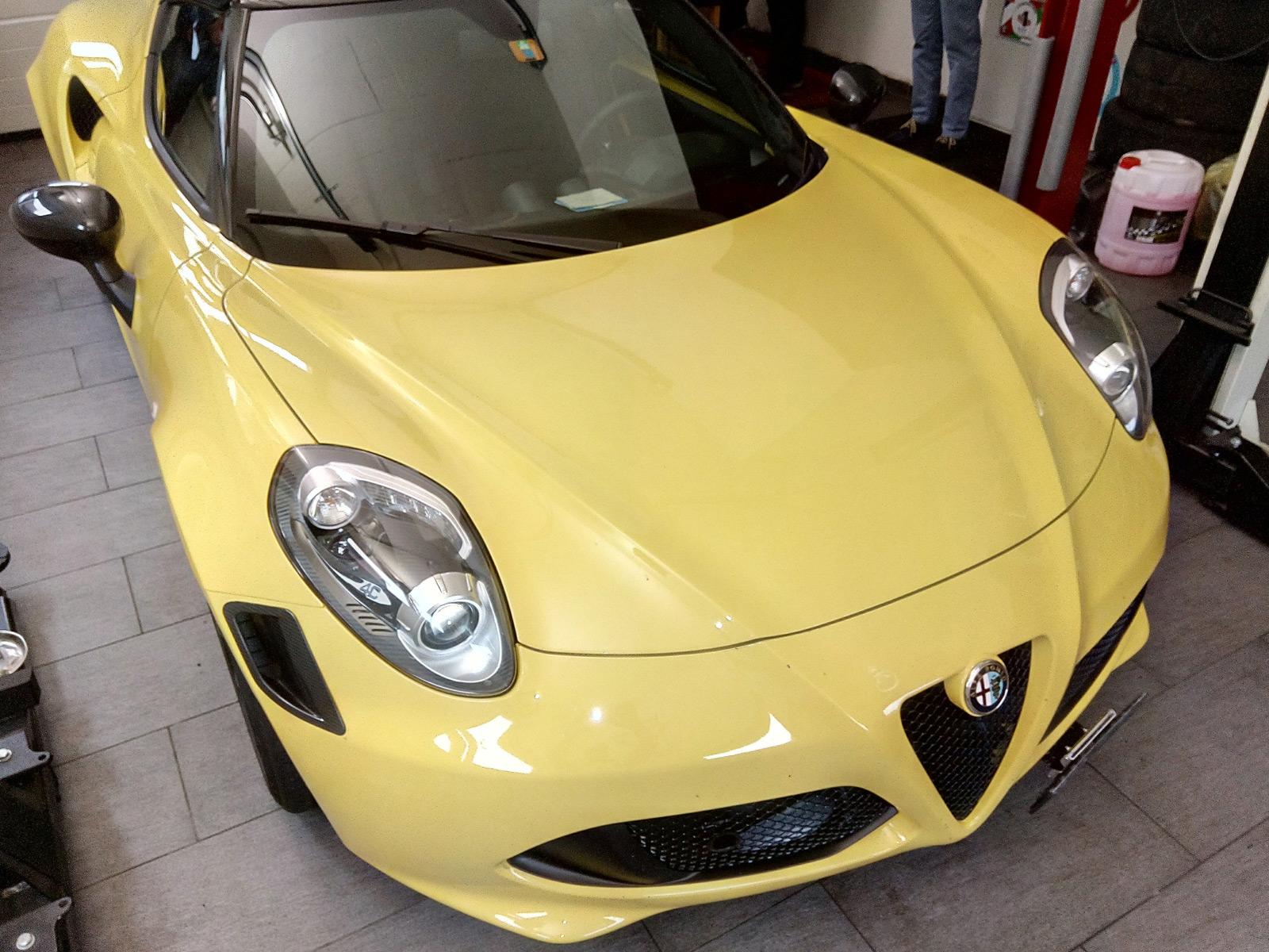 Der Alfa Romeo 4C ist wirklich sein schöner Sportwagen